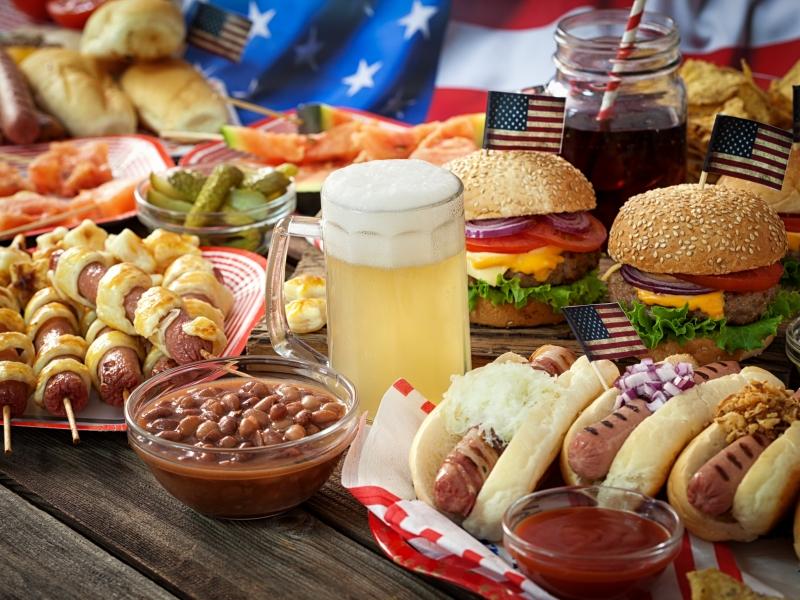 歡迎收看舌尖上的美國! 龍蝦堡、炸牛排、西洋杉燻鮭魚...這些特色美食英文怎麼說