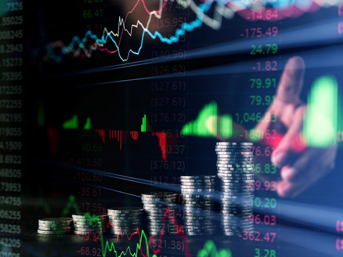 輕鬆打敗定存》股息報酬超過3% 這12檔金融股成為存股族最愛