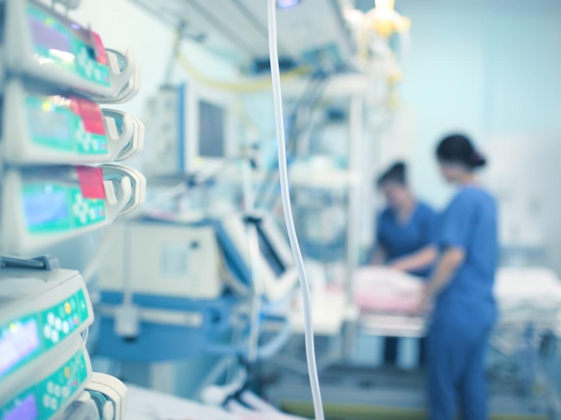 護理師一句話,救回心肌梗塞男!醫師真情告白:尊重護理專業,別再讓他們辛苦又受委屈