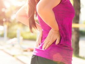 腎臟科醫師:除了「背痛」,出現高血壓、水腫、嘔吐、噁心和血尿...11個症狀不注意,恐致洗腎危機