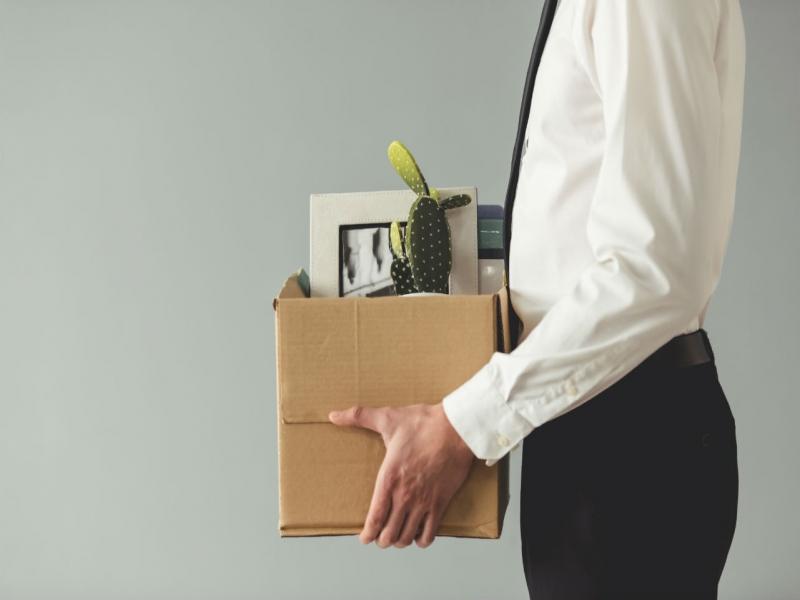 月薪62萬,北富銀執行副總「被離職」提告》勞資專家告訴你:僱傭、委任、承攬契約,哪裡不一樣