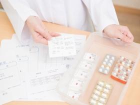 更年期陷阱!保健食品誇大療效,消費者如何正確用藥改善睡眠障礙、憂鬱不適症狀?