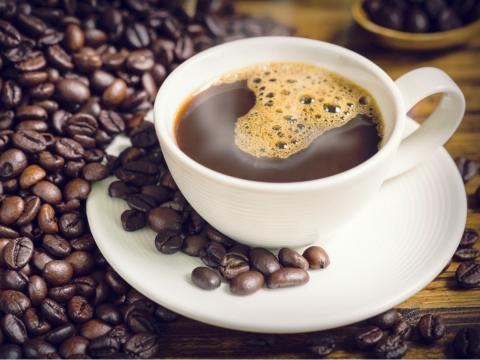 咖啡消炎抗衰老!中醫師公開8大好處,衛福部建議這種喝法最有力