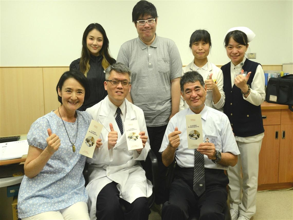 病人自主權利法上路半年!譚艾珍與歐陽靖簽署預立醫療決定