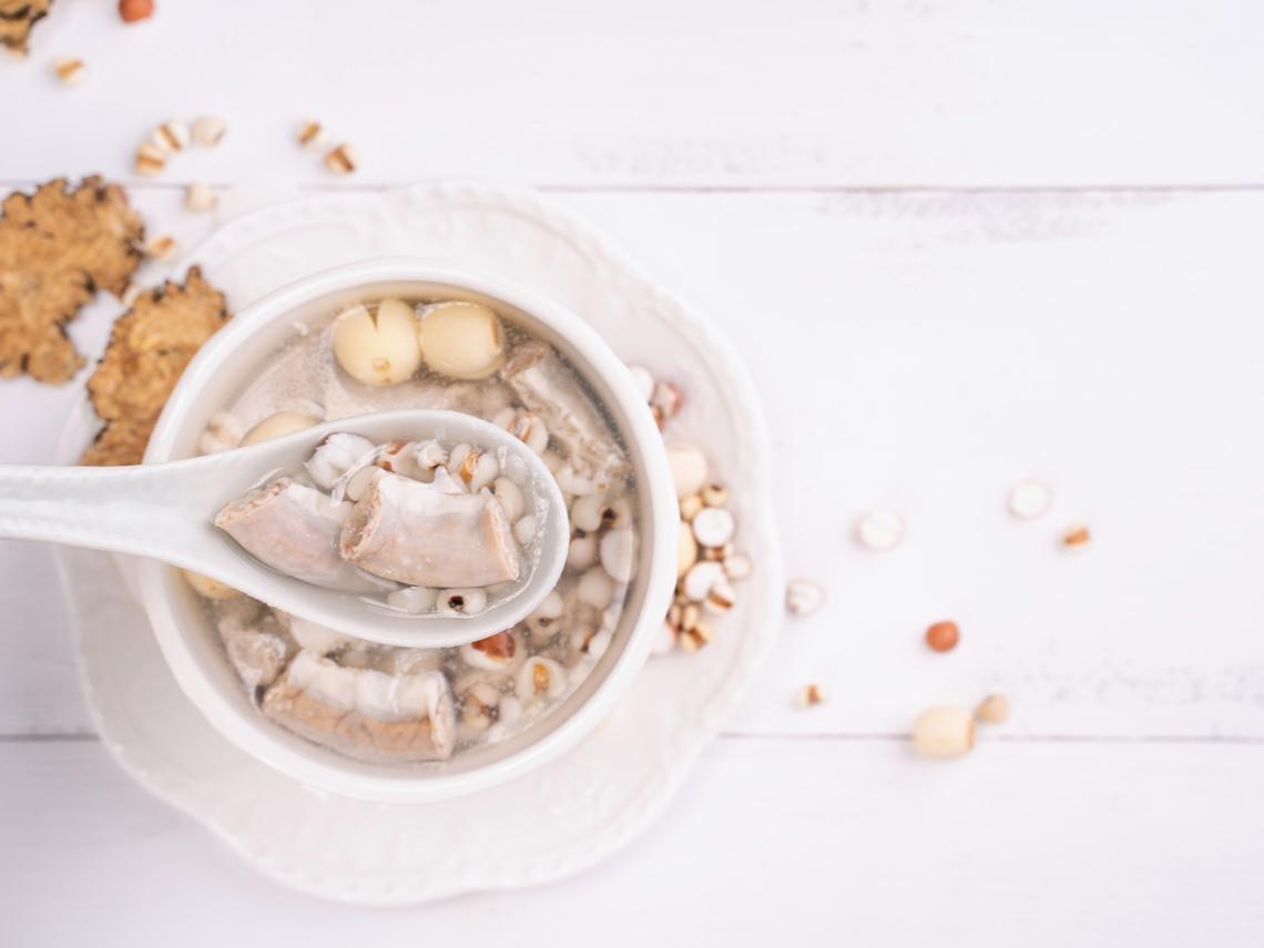 子宮肌瘤、白帶多,都和體內濕氣有關!中醫:吃2食物有效排濕