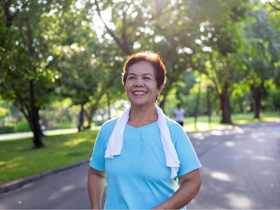 確診肺癌晚期,醫師宣判活不到一年!73歲阿嬤靠這1招,多活幾年還能出門趴趴走