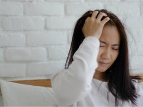 失眠睡不好,可能是大腦退化前兆?必知「巴金森氏症」7大症狀