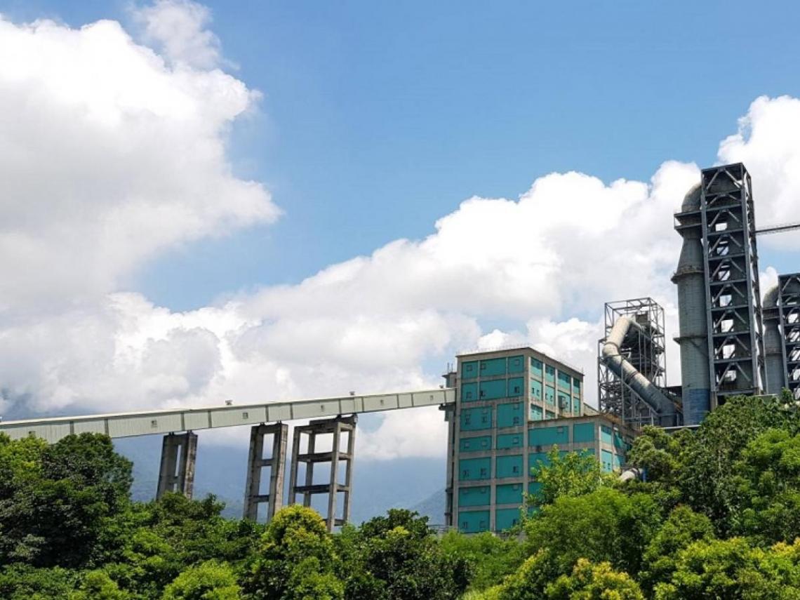 以身為水泥人驕傲!台泥首創開放式工廠,用「零廢棄物」扭轉水泥業負面形象
