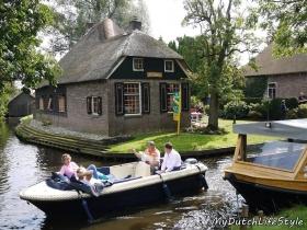 80歲也要和老閨蜜出國玩!荷蘭人抗老祕訣:做得到就去做、我的生命我做主拒絕臥床