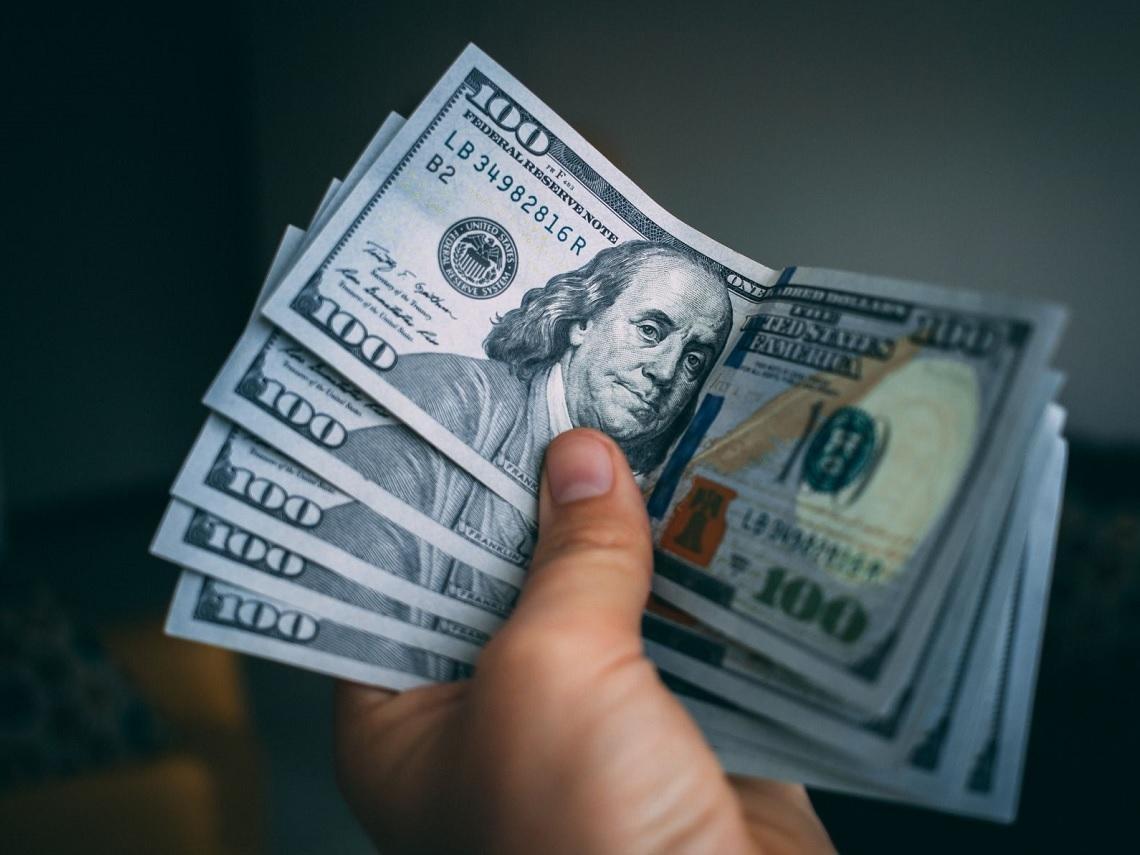 美元定存高利飆近9%!錢存哪家銀行最划算?入手前先搞懂4大盲點