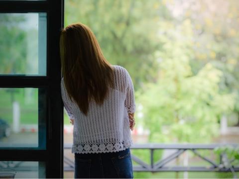 更年期易有憂鬱症?原因、症狀、治療方法、簡式健康量表一次看懂