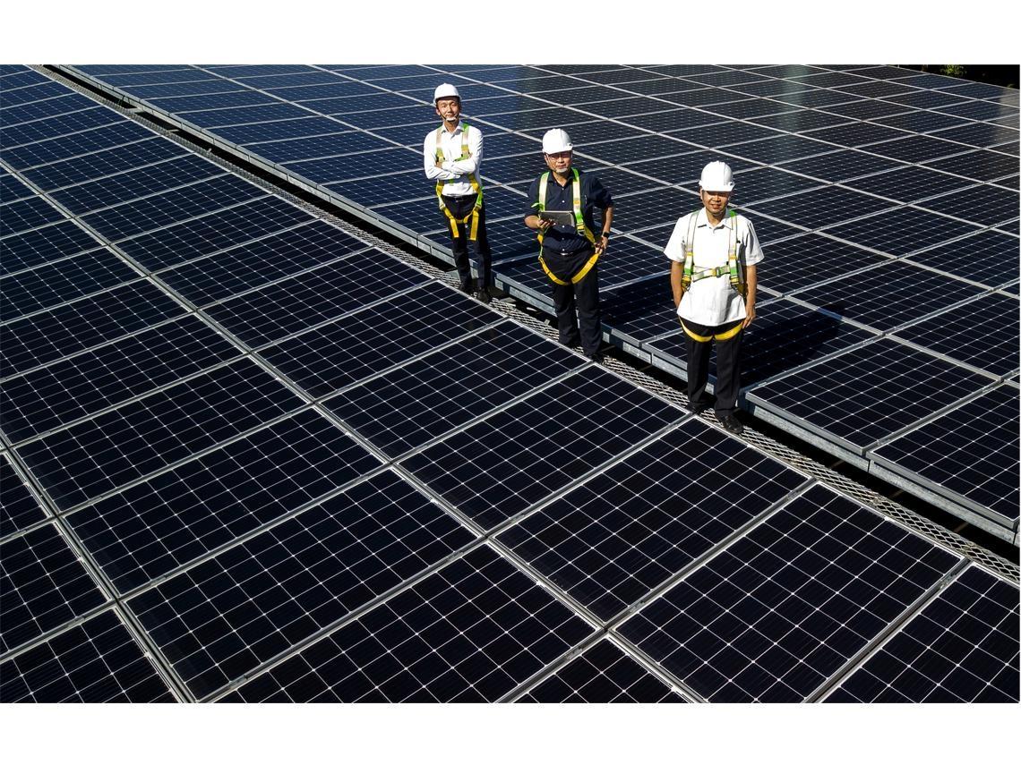 太陽能發電潮來了 荒地上的兆元商機