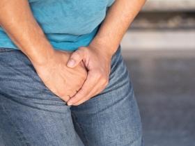 出現血尿是哪些疾病警訊?醫師:結石、膀胱癌都有可能