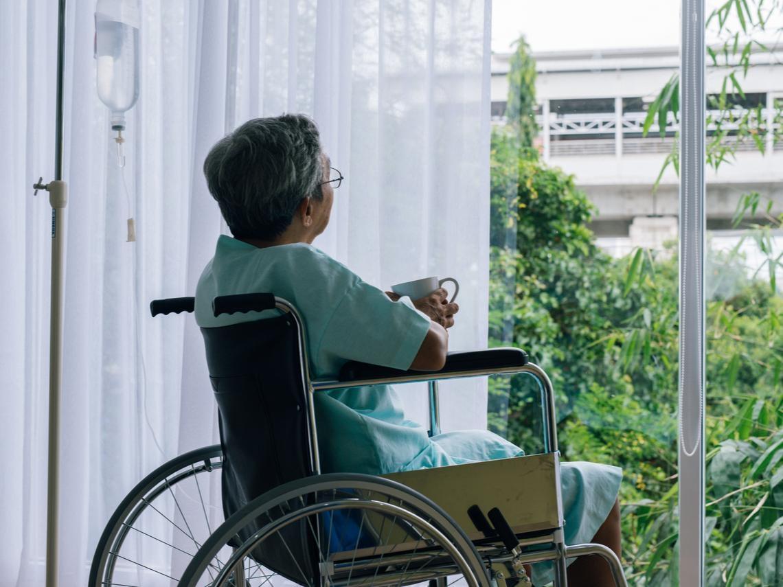 肌少症超可怕,坐下就爬不起來!40歲後肌肉快速流失,補充6食物找回肌力