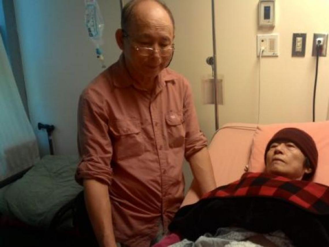 愛太太第一名!預計退休後要環遊世界,妻子卻罹患大腸癌...從不擅言詞到喊:「牽手,我愛你」