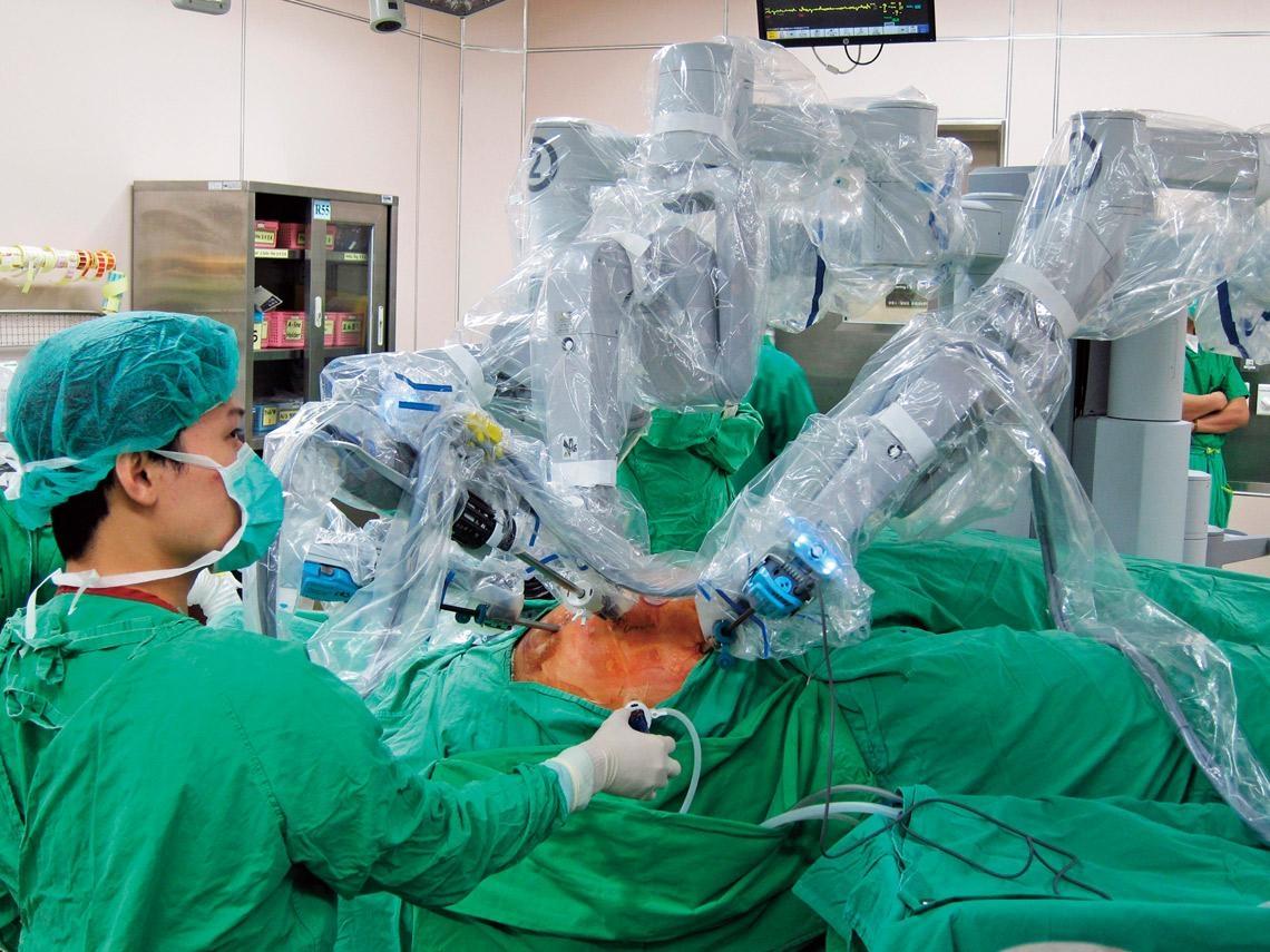 達文西手術適用範圍廣  高價醫療誰來管