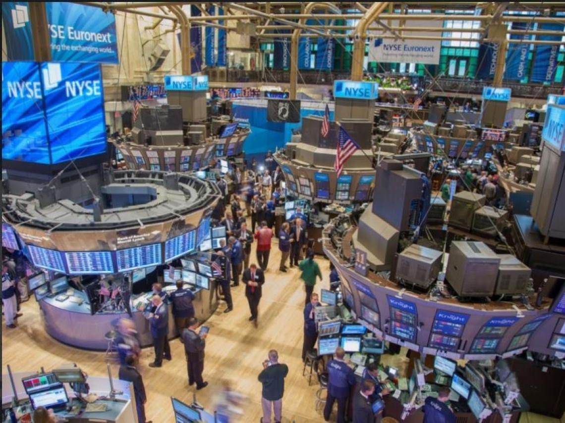 經濟數據不如預期!美股重挫 道瓊下跌494點