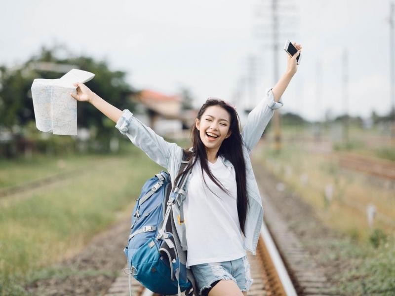 退休後,出國旅遊幾次才叫樂活?勸你放棄「做自己」,50歲後更愛「好自在」!