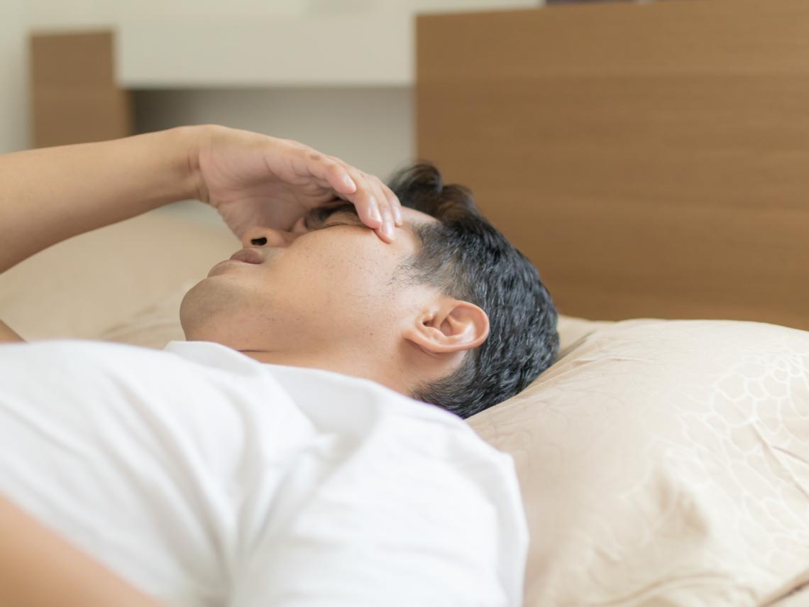 嗜睡不是太累而是腦中風?醫師:把握黃金時間及早送醫