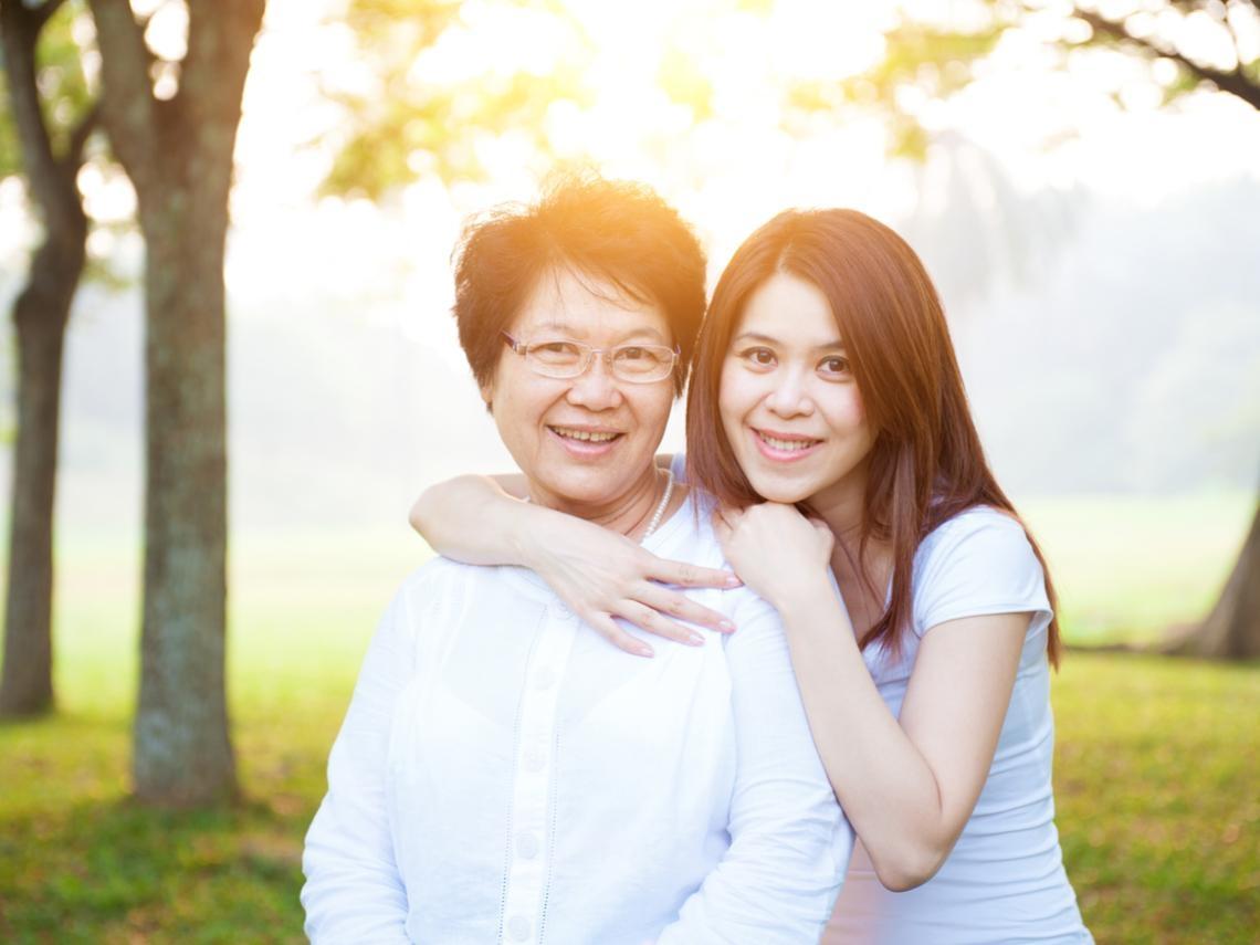 聊天用這3種方法開場,連碎念的長輩都會呵呵笑!尤其是「玫瑰追憶」,讓對方感到幸福快樂
