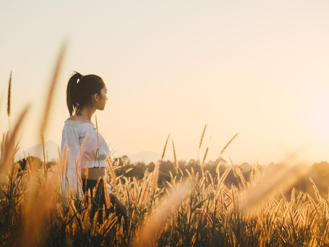 「同理心」不能濫用,不要評價別人的快樂或悲傷...了解1個情緒重點,說話才會有尊重
