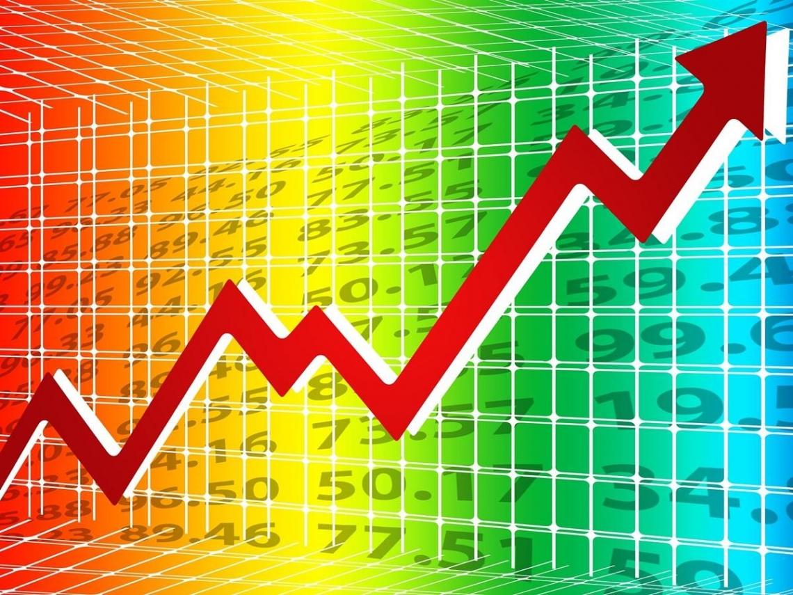 台股牛氣沖天、指數還登上「萬一」 為何手上的股票一直不漲?專家透露原因