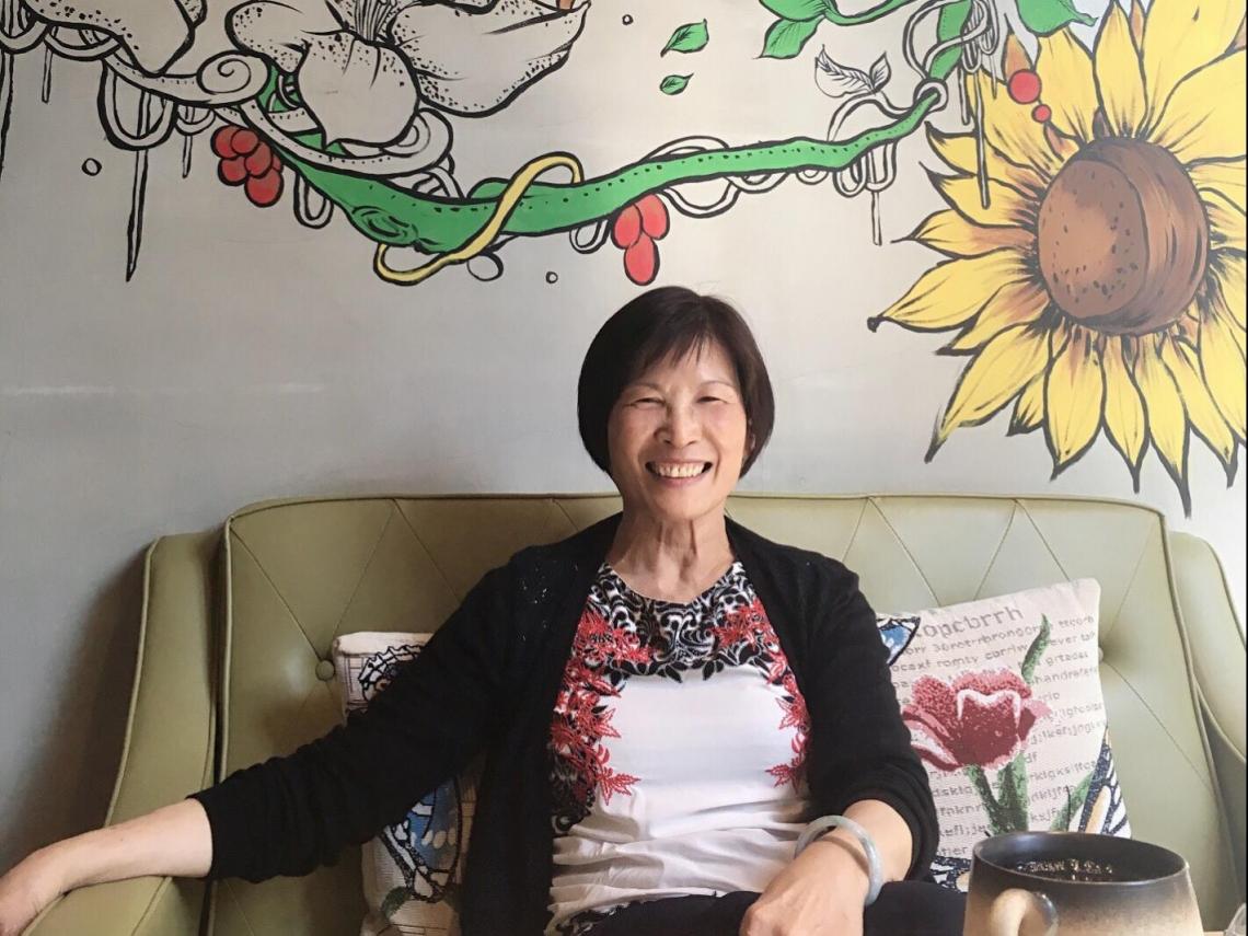 聽陌生人傾訴煩惱,她溫柔開導無數母親!專線志工梁瑞瑜:接受生命給你的,人生才會更開闊