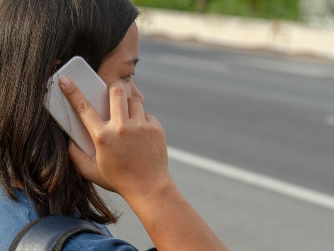 電話接起來沒聲音,竟然是耳朵中風!醫師提醒:這些人是高危險群