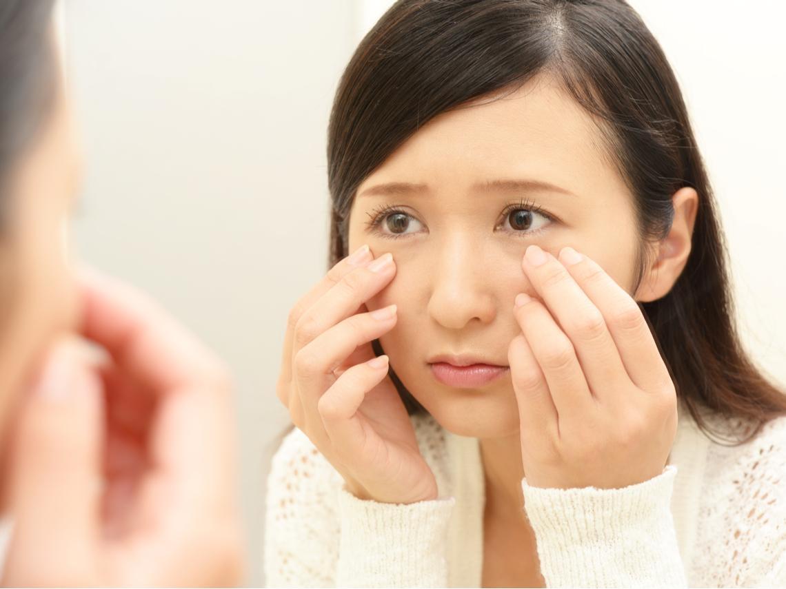 眼歪嘴斜、表情不自然是中風?醫:有8個症狀是「顏面神經失調」,各年齡都會突發