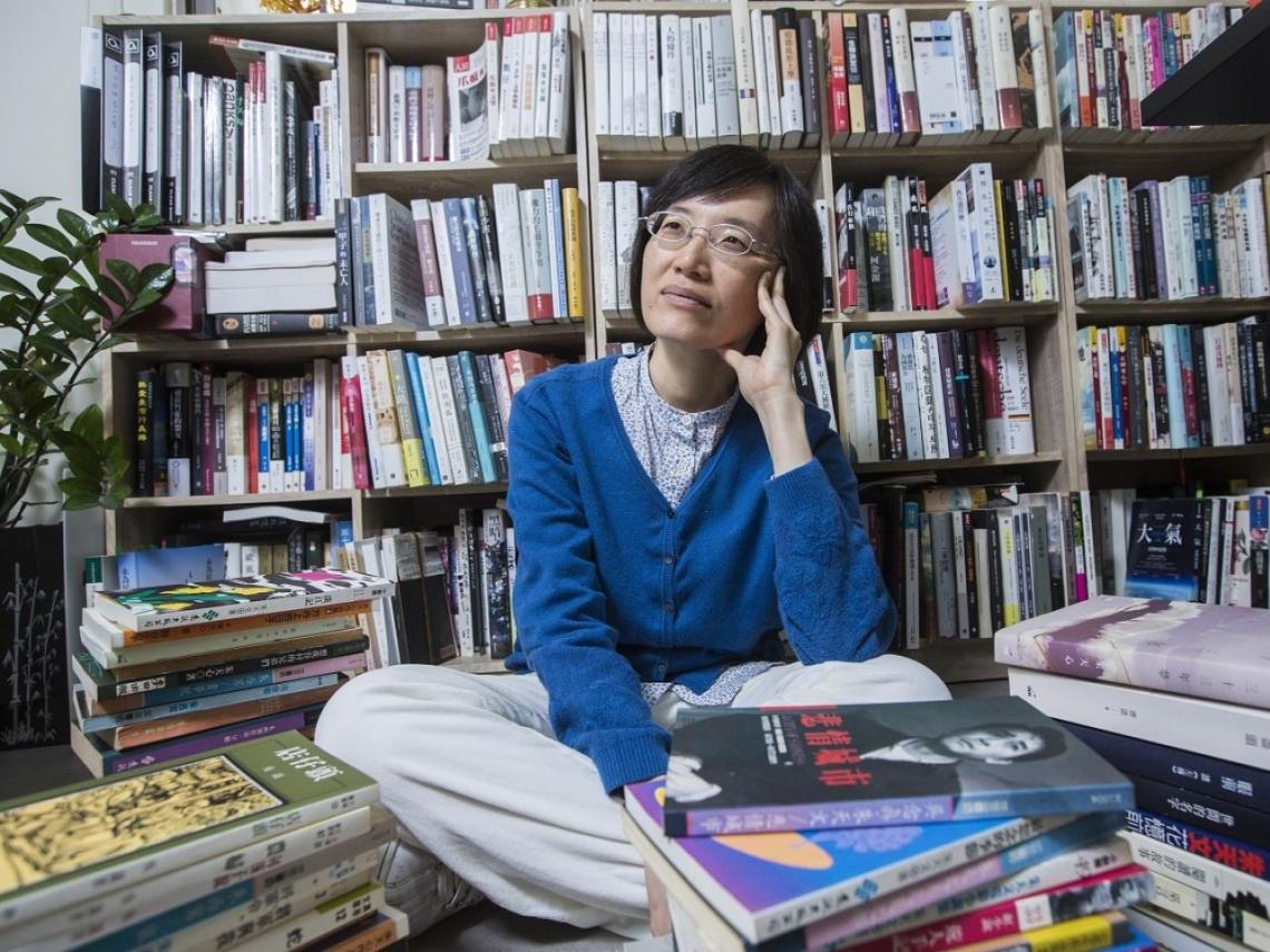 從新聞記者到挖掘諾貝爾經濟學獎大黑馬 莊瑞琳如何用「書籍」翻動世界?