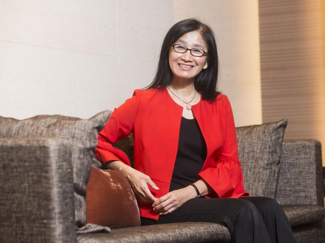 從老師變國泰金投資長,還是3個孩子的媽!程淑芬:女人一路辛苦沒關係,委屈就免了