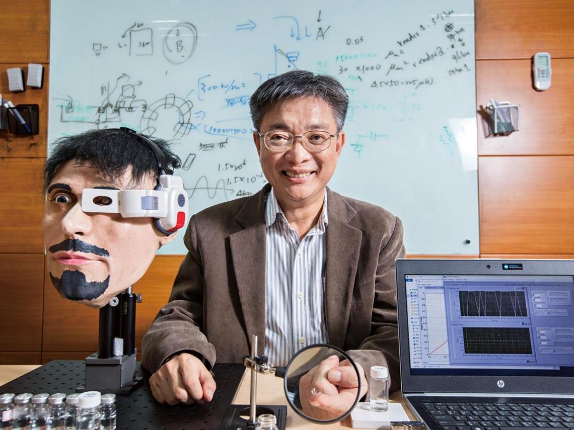智慧型隱形眼鏡 交大憑什麼贏Google?
