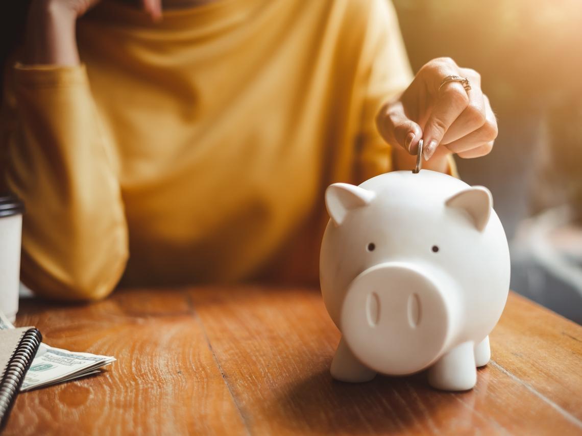 30歲年薪500萬元,存款金額居然是0…她最後悔做錯這3件事,錢賺再多都不夠花