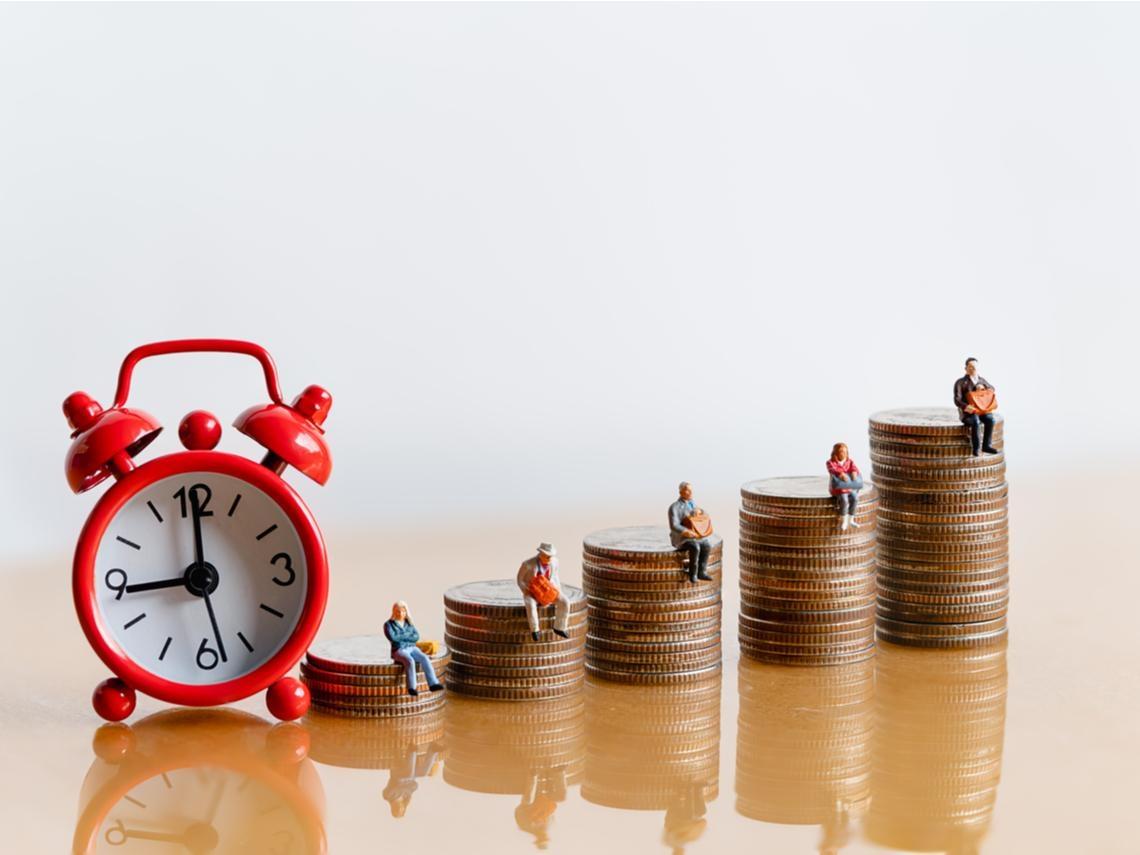 如何簡單安全存退休金?每月存1萬元買這支ETF,65歲累積4千萬資產