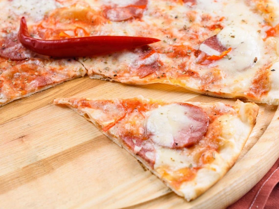股價翻了近30倍!披薩被譏「吃起來像紙板」這家公司靠2招成功翻身