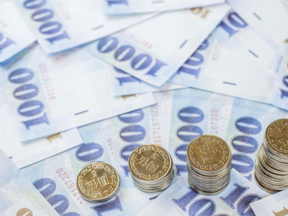 台幣又狂升1.4角破30元楊金龍防線 一年半來首見