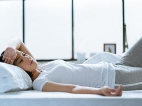 甲狀腺亢進10大症狀要注意 慎防致命「甲狀腺風暴」