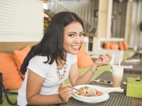 用「吃」擊退大腸癌!營養師:天天補充1食物,加速排出致癌物、保護腸道超防癌