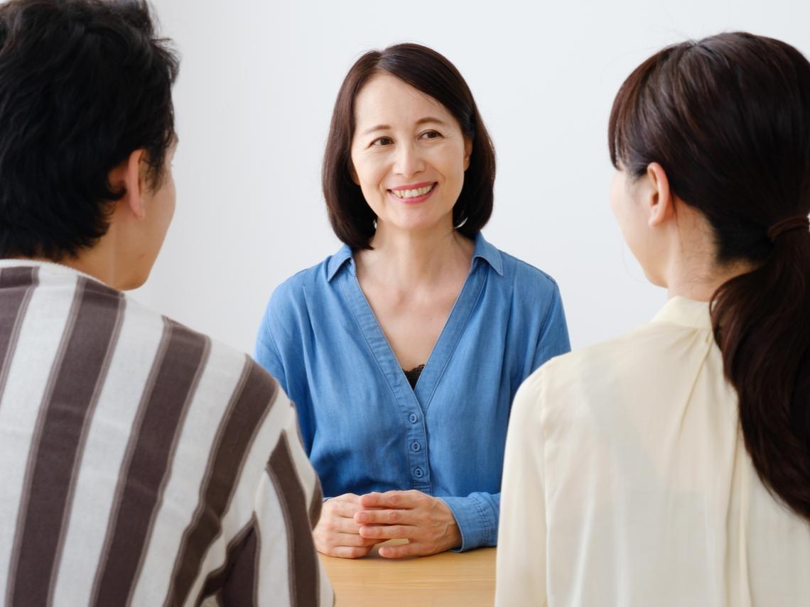 丈母娘看女婿,怎麼看都不滿意?3個建議告訴你適時放手,活得更精采漂亮