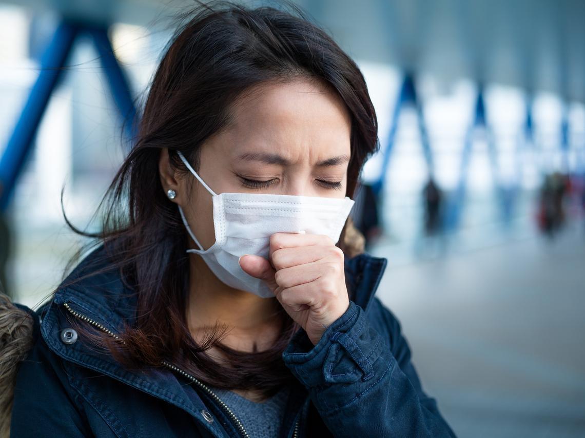 最怕「持續性人傳人」!胸腔重症醫師重點整理:武漢肺炎的疫情與治療方法