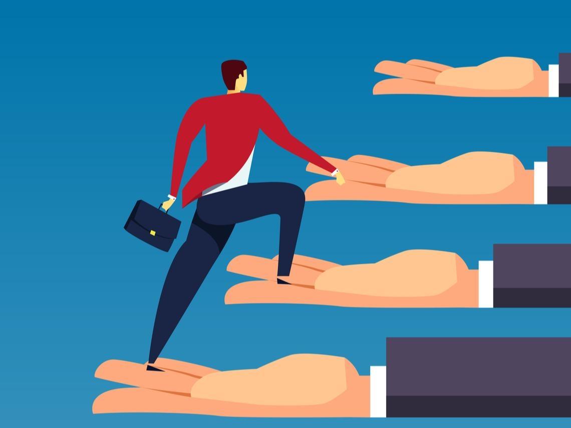 為什麼升遷總是跳過我?美國頂尖商學院教授教你:做個「不被耽誤」的人才