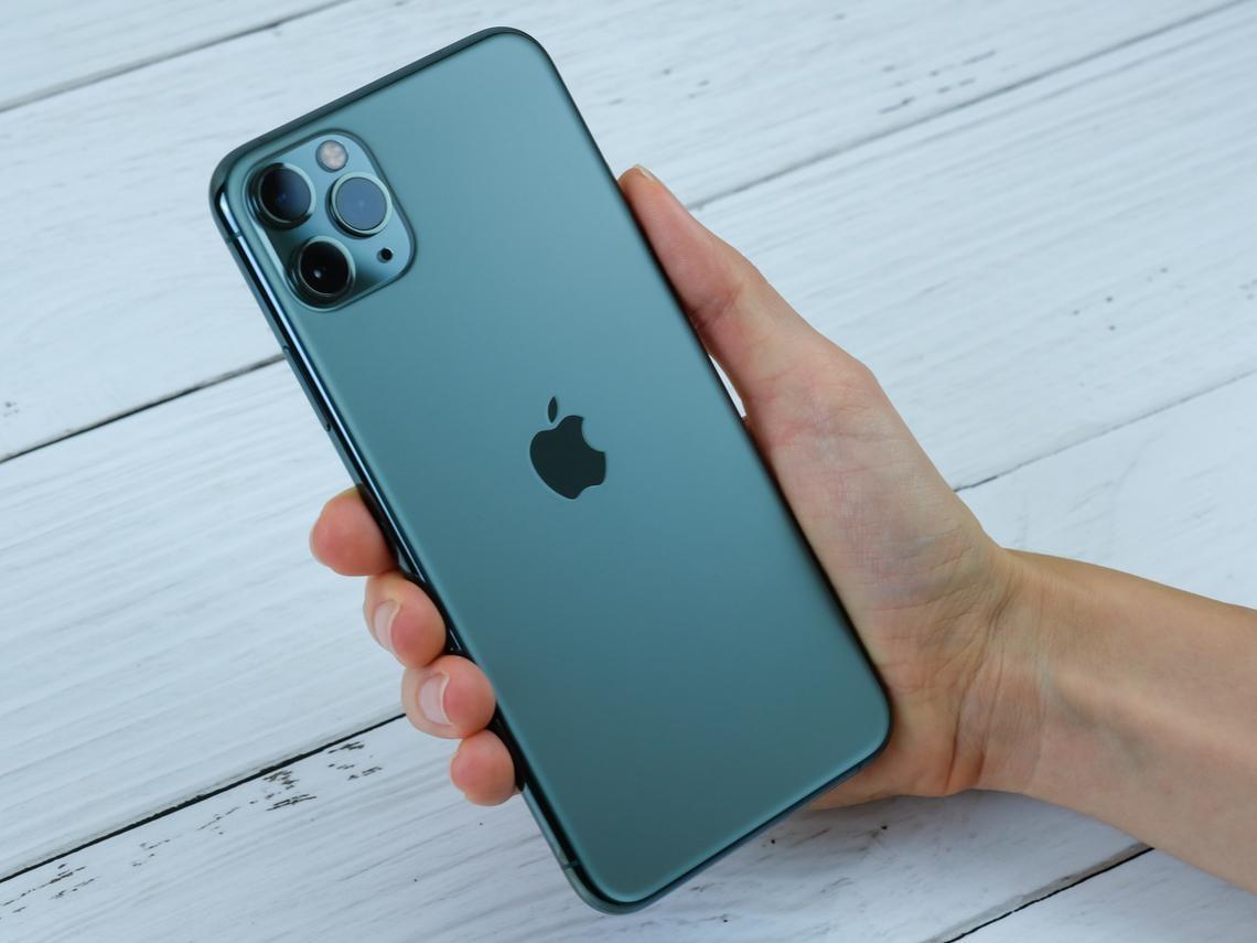 武漢肺炎》iPhone首季出貨遭下修10% 電子業最擔心「這零件」供應受阻