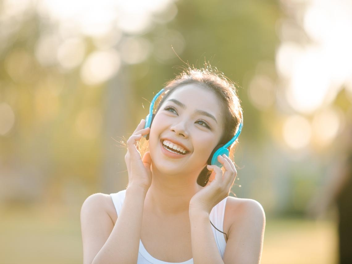 中年後與不合的人往來,身心只會不健康!7種轉念擺脫不良關係,幸福快樂「這樣」創造