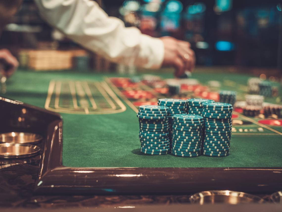 為什麼除了職業賭徒,很少人能在賭場成為贏家?這個答案,值得每個投資人學習