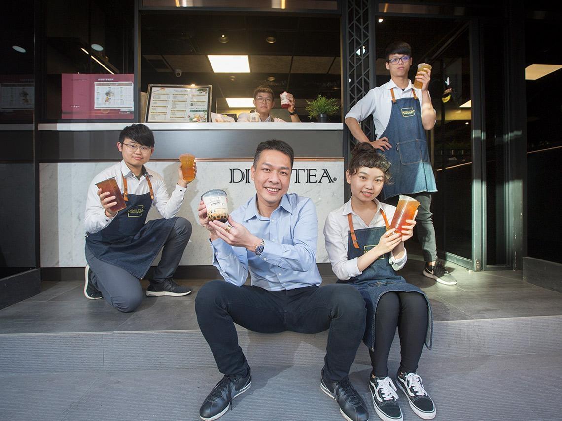 越南「每賣2杯手搖飲,就有1杯出自他們家」 44歲手搖飲王如何以小搏大?
