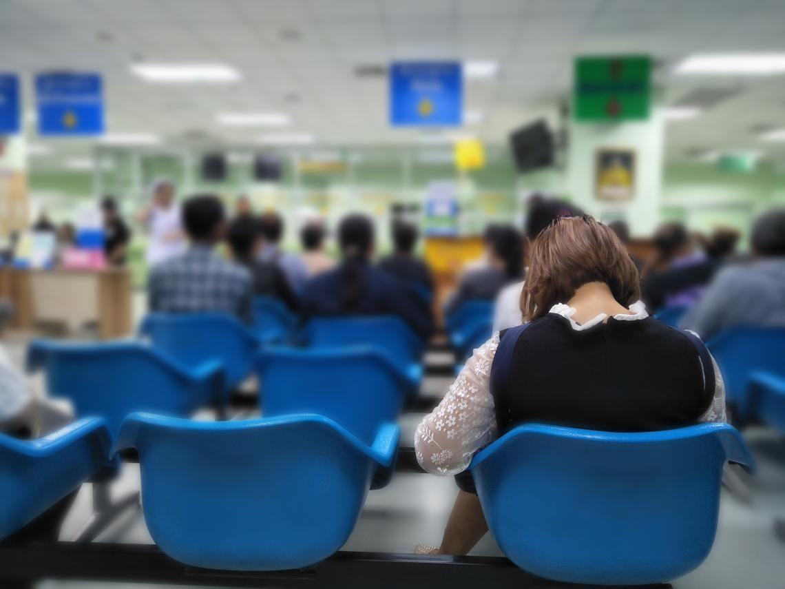 武漢肺炎》60多歲女沒出國也感染!急診主任6點呼籲:小病千萬不要來急診!