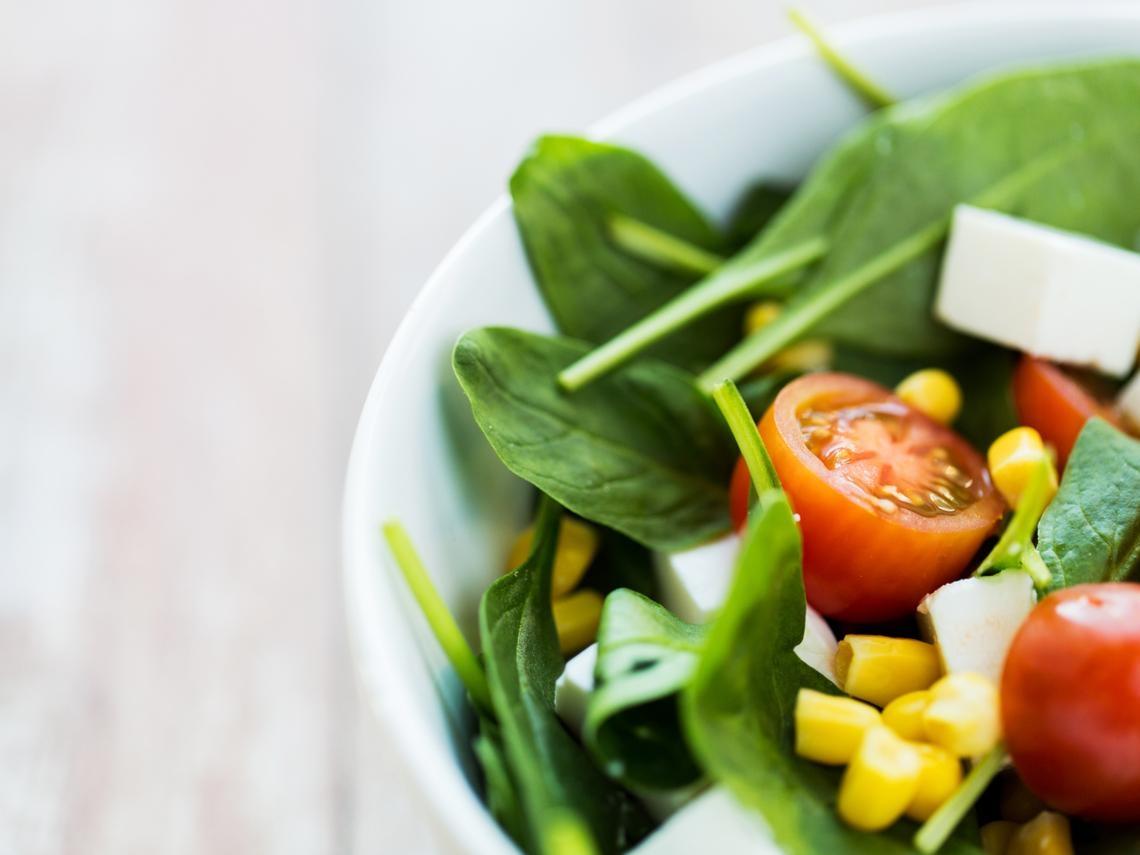 甲狀腺亢進怎麼吃?營養師5招正確飲食,減緩手抖心悸症狀