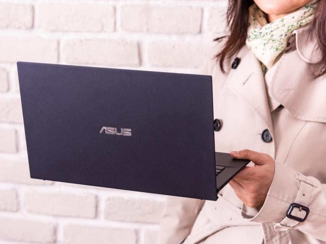 靠它就能「找到好故事」 這台商務筆電成媒體工作者新寵