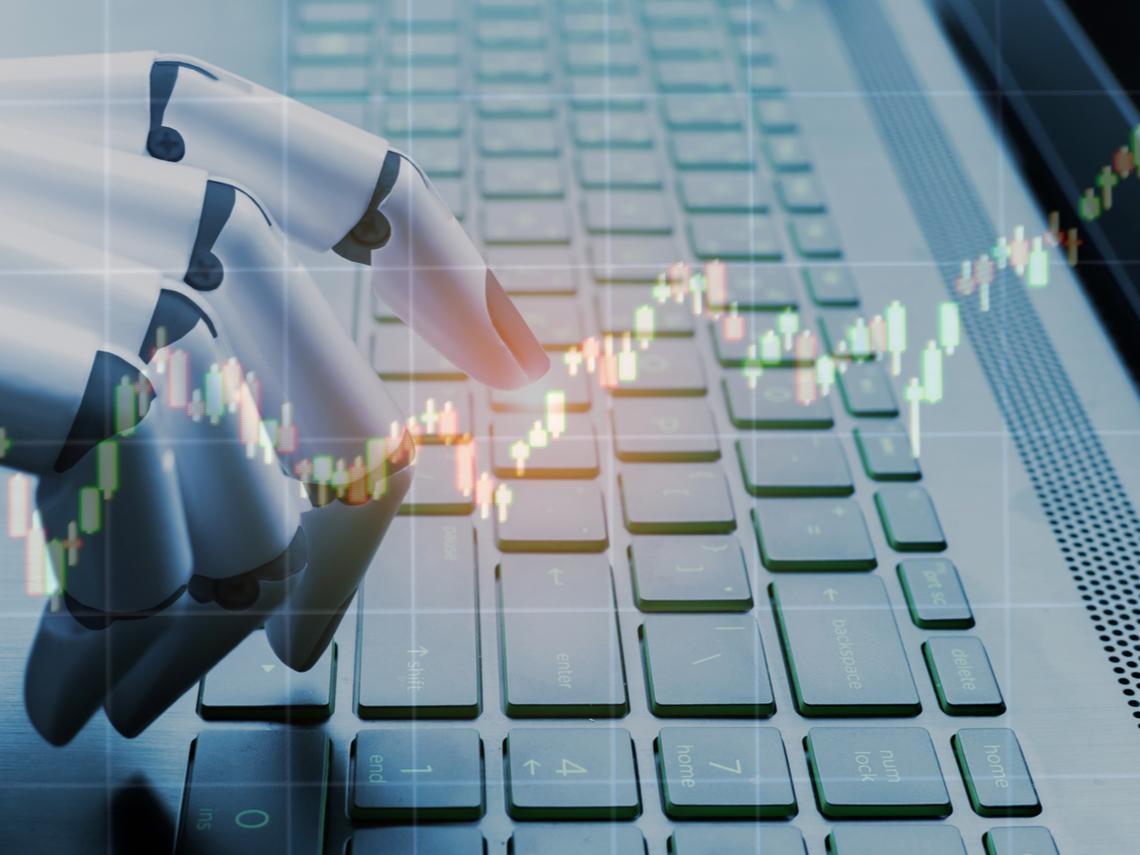 機器人選股比經理人選股厲害?半年實測結果出爐…
