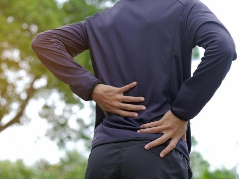 泡泡尿代表腎臟有問題?醫師:蛋白尿恐是腎臟病警訊